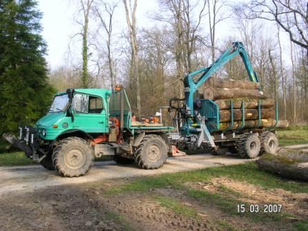 unimog mb-trac wf-trac pour utilisation forestière dans le monde - Page 5 Pict0710