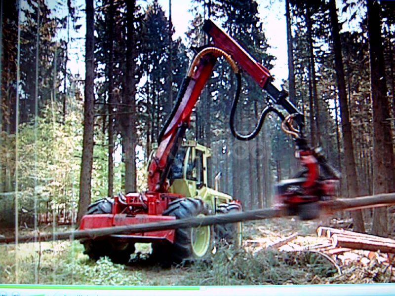 unimog mb-trac wf-trac pour utilisation forestière dans le monde - Page 2 Wf-tra10