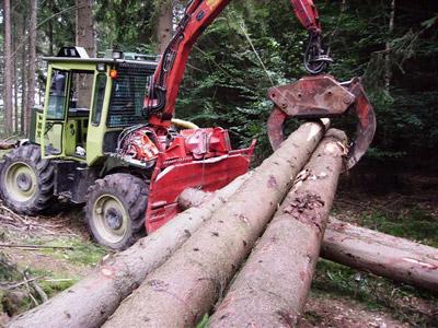 unimog mb-trac wf-trac pour utilisation forestière dans le monde - Page 6 Wftrac11