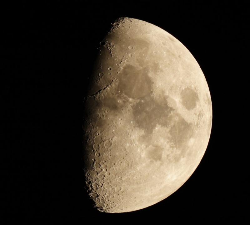 Un peu de Lune en attendant mieux Lune_10