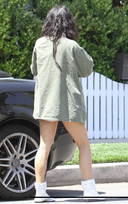 [04.23] Out in Studio City 11110