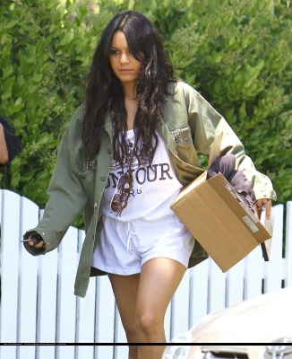 [04.23] Out in Studio City 180
