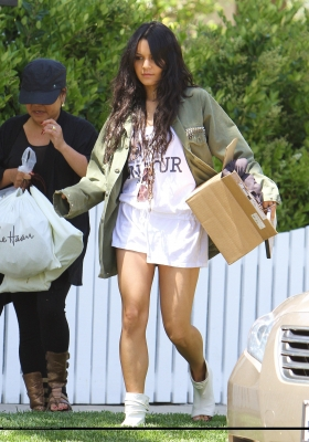 [04.23] Out in Studio City 275