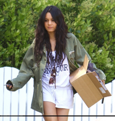 [04.23] Out in Studio City 276