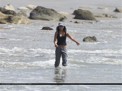 [04.15] At the beach in Malibu with Zac 468