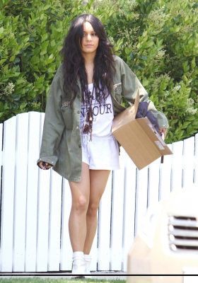 [04.23] Out in Studio City 472