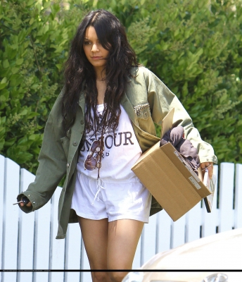 [04.23] Out in Studio City 759
