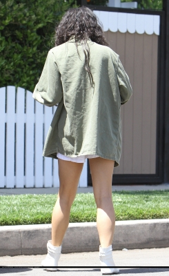 [04.23] Out in Studio City 856