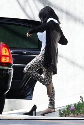 [04.14] Leaving Zac's home in LA 947