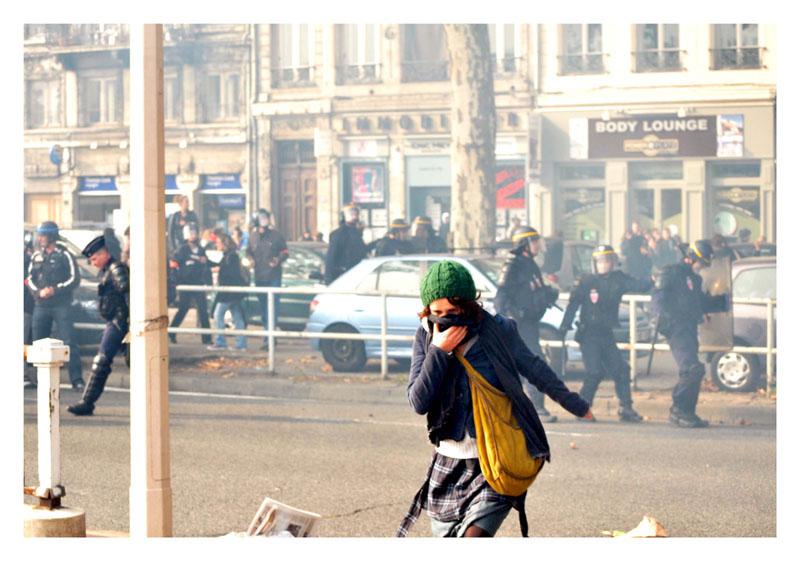 Manifestation étudiante imprévue Dsc_0414