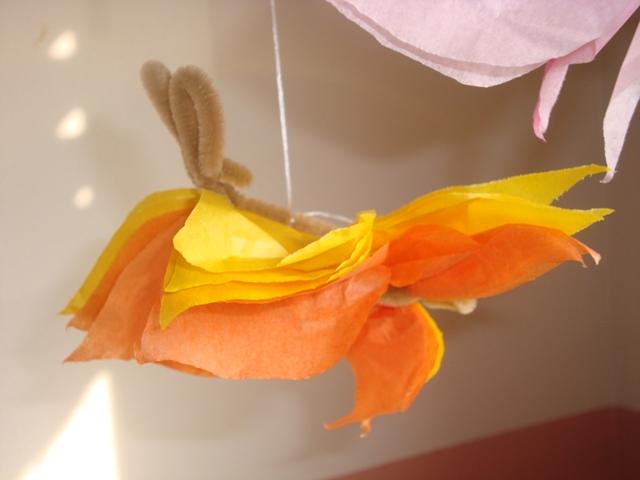 Du papier de soie et des cure-pipe... Papill13