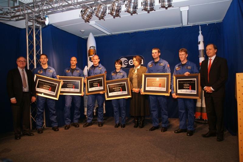 Troisième sélection d'astronautes ESA (2e partie) - Page 13 Eac-ma12