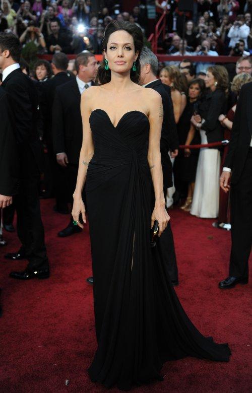 Анджелина Джоли - Страница 2 Angeli10