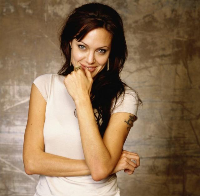 Анджелина Джоли - Страница 2 Kinop144