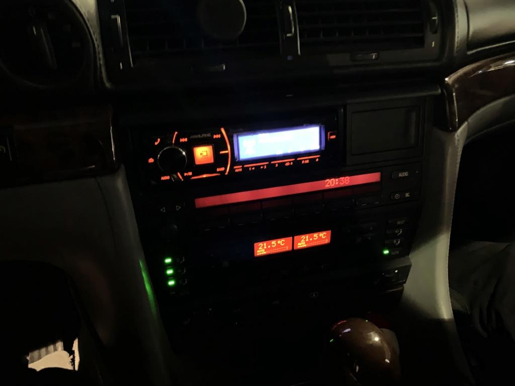 Autoradio dans le coffre ?  - Page 2 2c93ea10