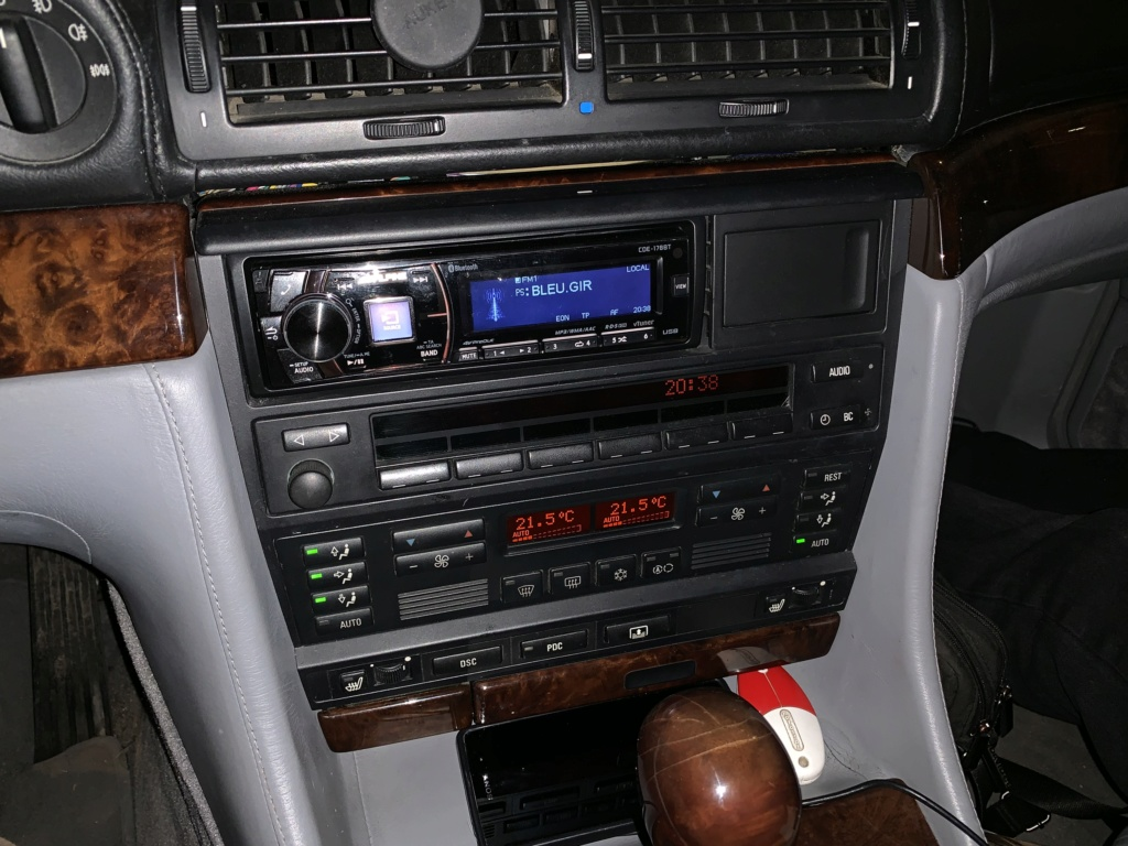 Autoradio dans le coffre ?  - Page 2 B27cd810