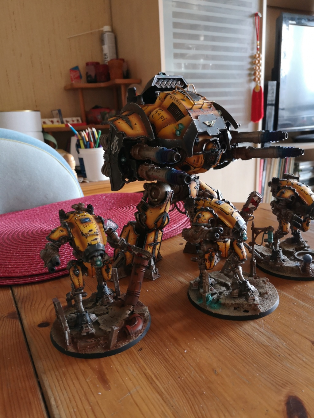 Iron hands, chevaliers, legion cybernetica et maintenant titan warlord  - Page 8 Img_2033