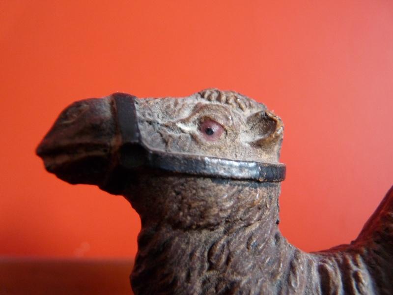 The amazing Elastolin buffalo and dromedary Camel_10