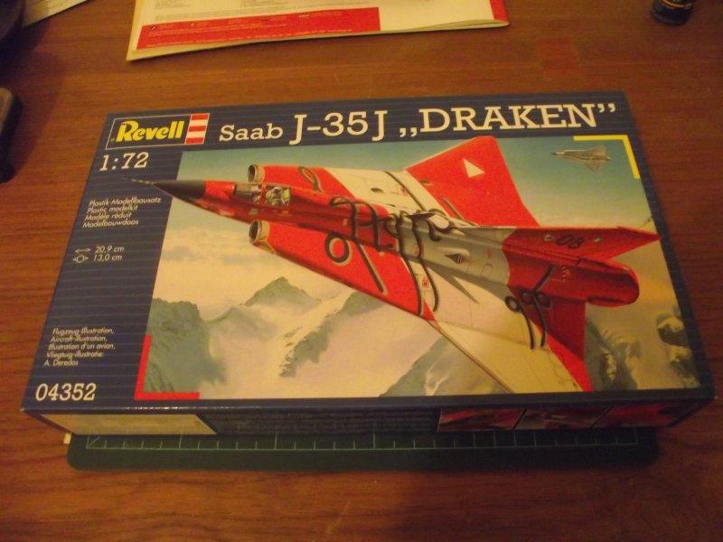 """REVELL 04352 1:72 Saab J-35J """"DRAKEN"""" 2010_890"""