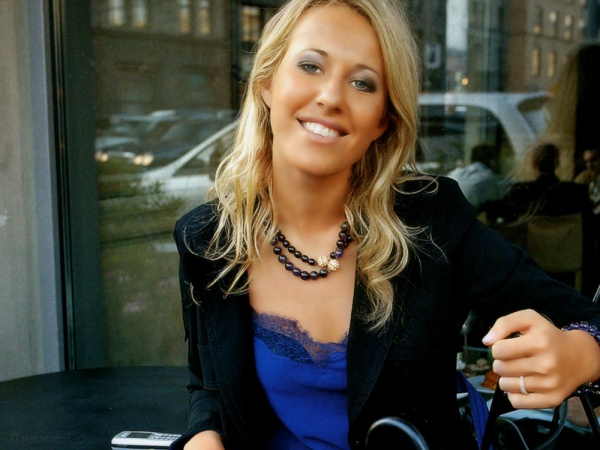 Собчак поделила звезд шоубизнеса на «лохов» и «нелохов» Sqsmhg10