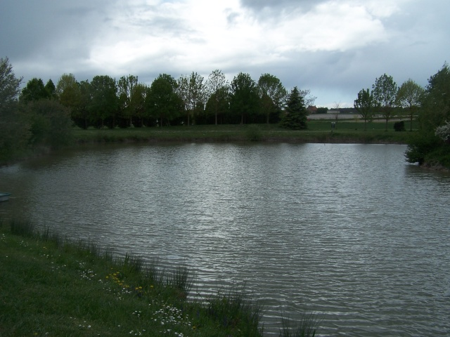 Plean d'eau de SAUSSAIS et ST GERVAIS LES 3 CLOCHERS 100_5612