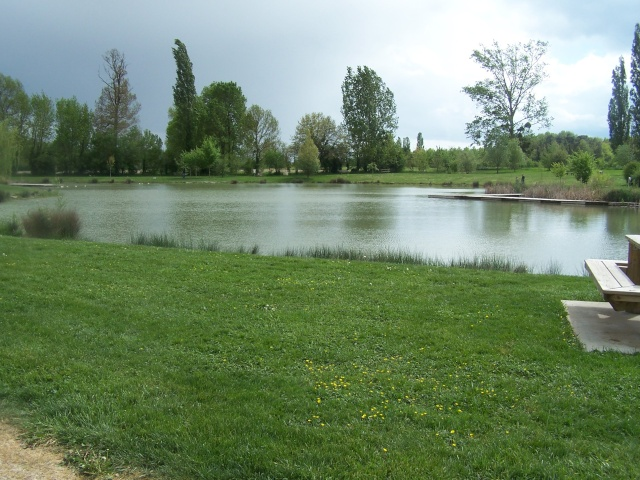 Plean d'eau de SAUSSAIS et ST GERVAIS LES 3 CLOCHERS 100_5613