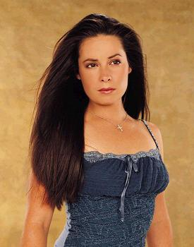 Holly Marie Combs Holly010