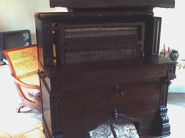 Harmonium à vendre pour restauration 210