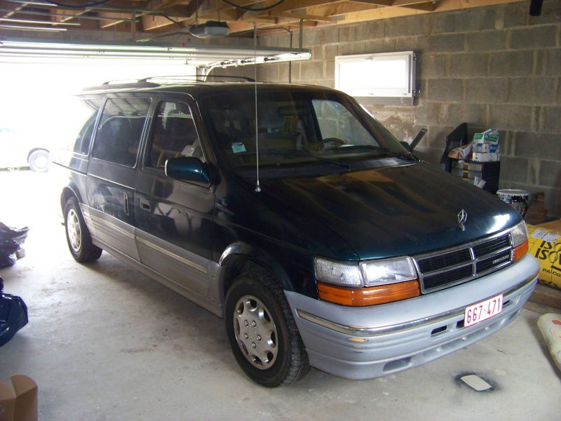 Plymouth 3.3 v6 100_8614