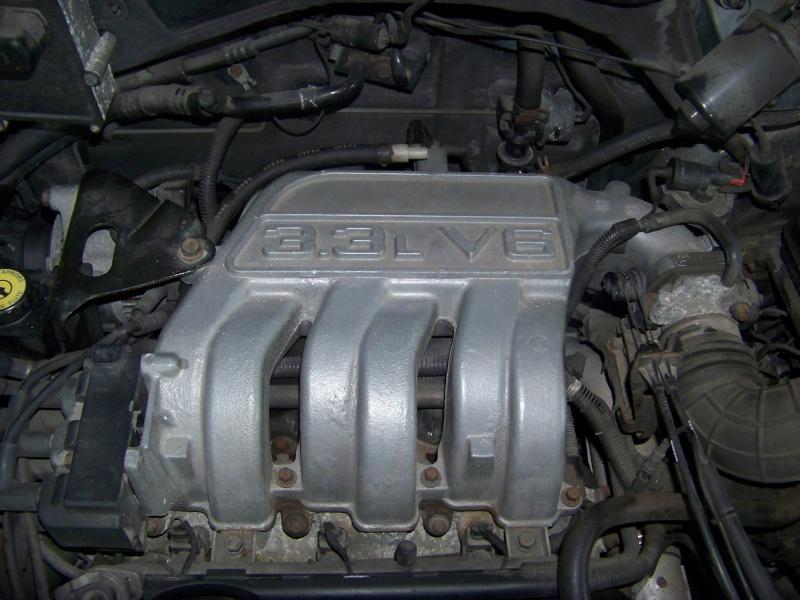 Plymouth 3.3 v6 100_8622
