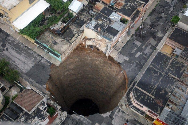UN énorme cratère à guatémala city Album_10