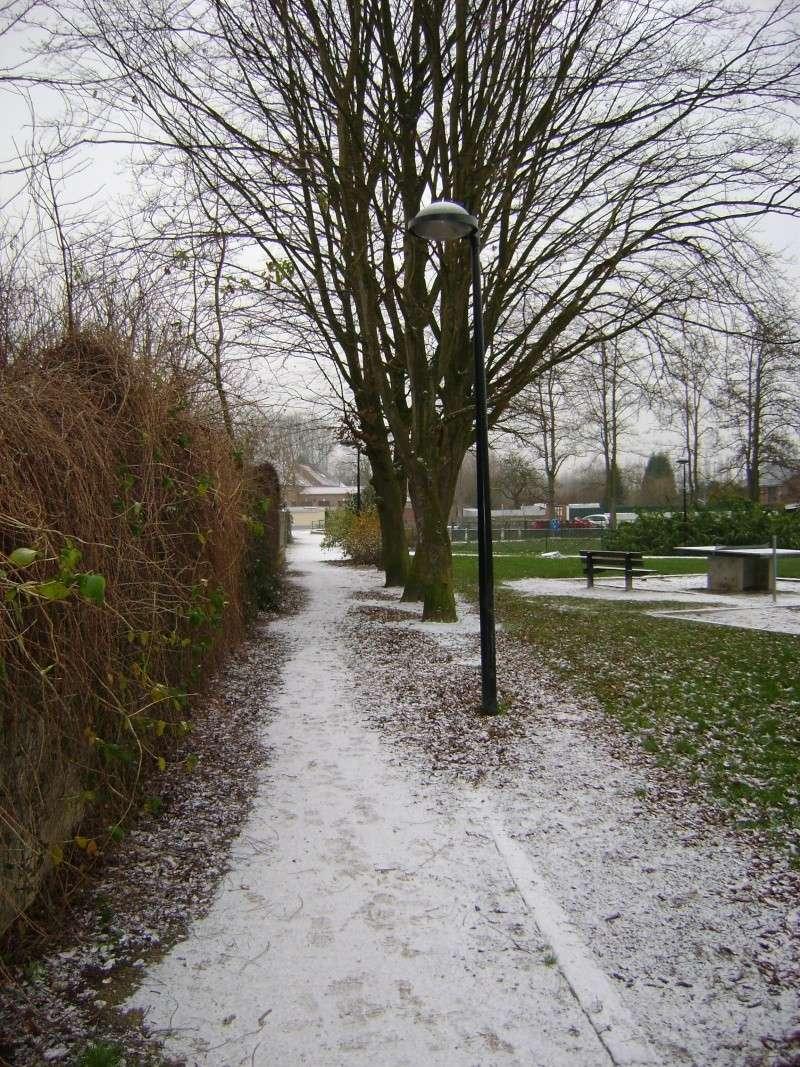De la neige pour les prochains jours et durant cet hiver. - Page 2 Dsc00136