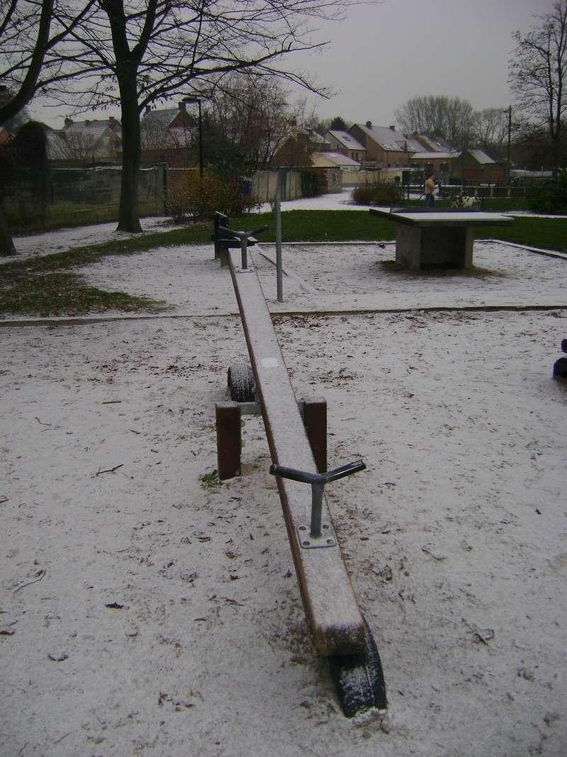 De la neige pour les prochains jours et durant cet hiver. - Page 2 Dsc00137