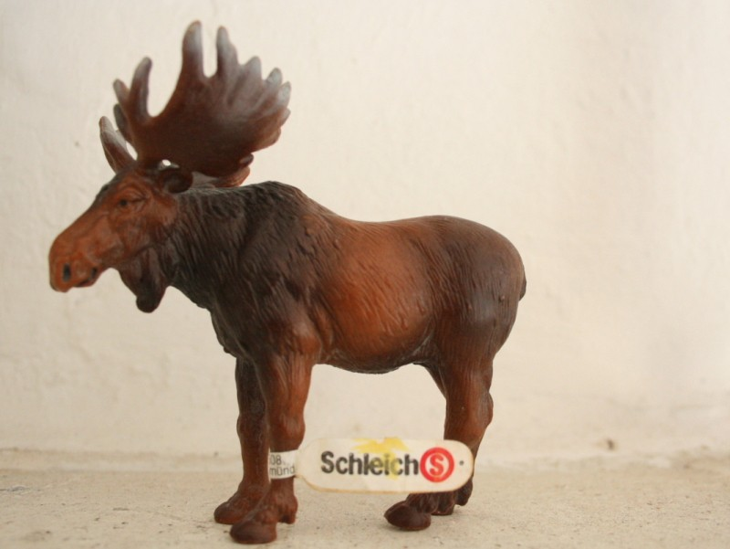 My Recent Schleich Retired Figures Moose_11