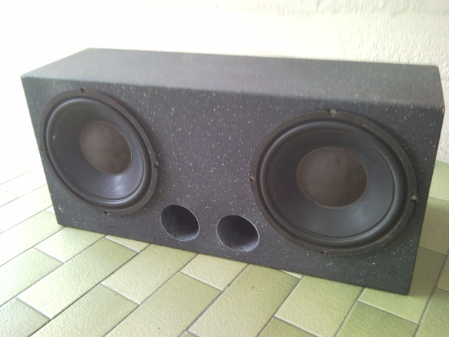 """10"""" Subwoofer Box and Subs (Used) Snc00814"""