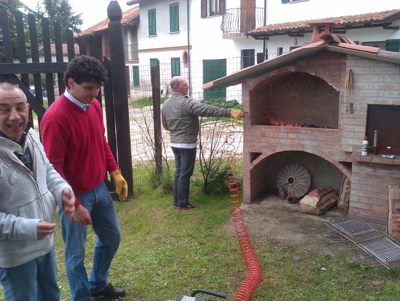Adunata in località Miradolo Terme 27 marzo 2011 Presentarsi all'appello!! - Pagina 2 Aerogr10