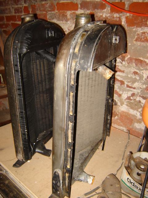 Deux radiateurs différents pour 5HP Dsc04914