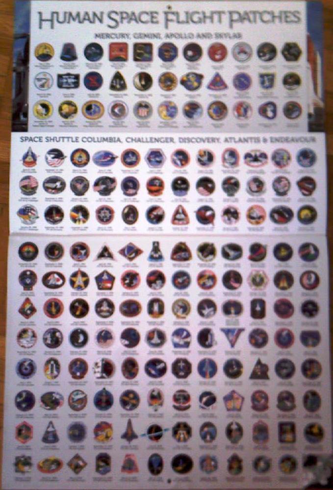 Recherche calendrier 2011 sur les engins spatiaux ou les avions. 003_cr10