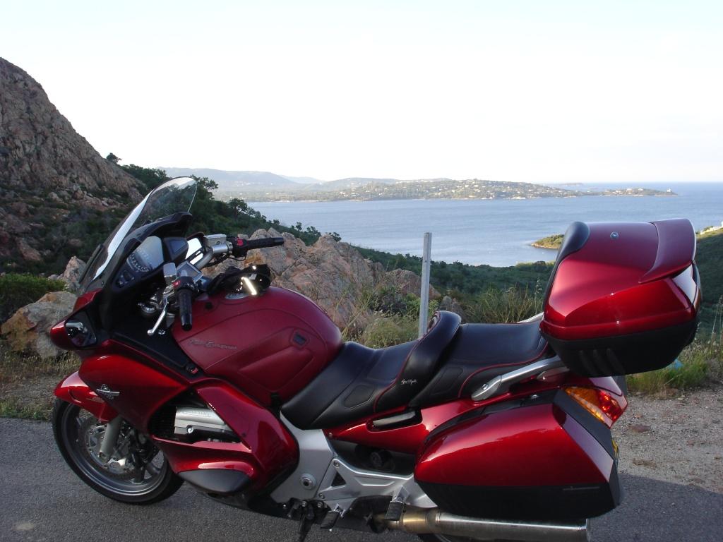 Vos plus belles photos de moto - Page 3 Dsc06910