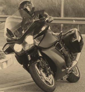 Quelle est cette moto ??? Myster10