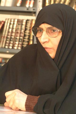Une femme Ayatollah : Zohreh Sefaty  Sefaty10