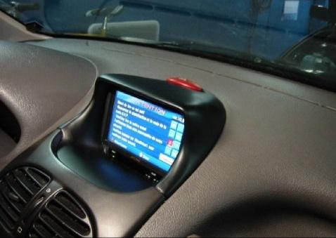 Moulage de tableau central pour écran autoradio Moulag10