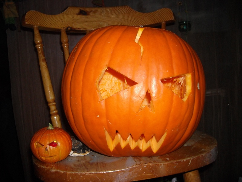 special Halloween Anniv_10