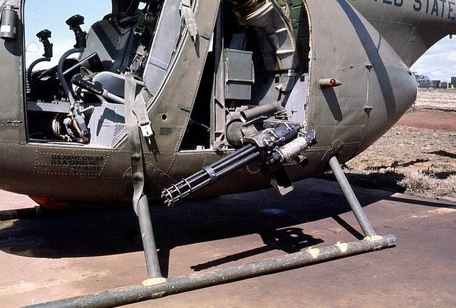 THE MINI-GUN ON A OH-6 AERO SCOUT! Oh6gun10