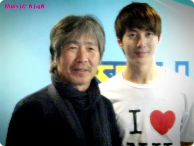 [photos] Hyung Jun on Music High 17/03/2011 25c0bb10
