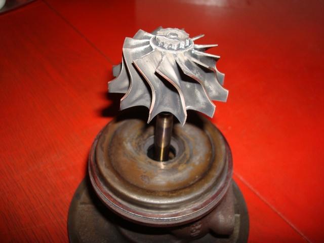 (TUTO) Remise à neuf turbo IHI (sur XJ 2.5L TD VM) Dsc03235
