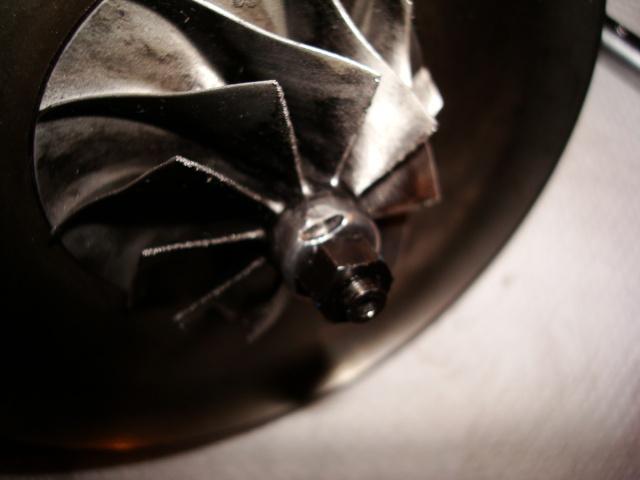 (TUTO) Remise à neuf turbo IHI (sur XJ 2.5L TD VM) Dsc03251