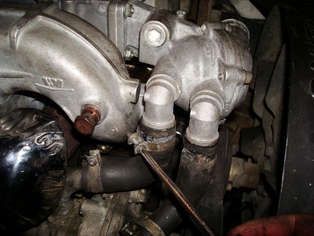 (TUTO) dépose turbo + démarreur sur XJ 2.5L TD Dsc03317