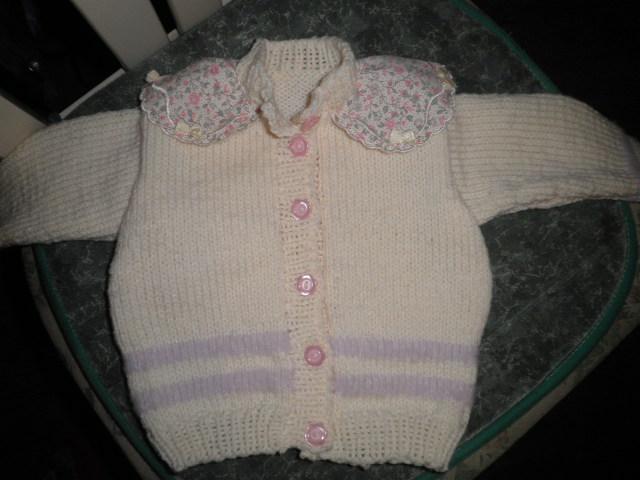 les tricots de la nurserie de la cigogne Pb250010