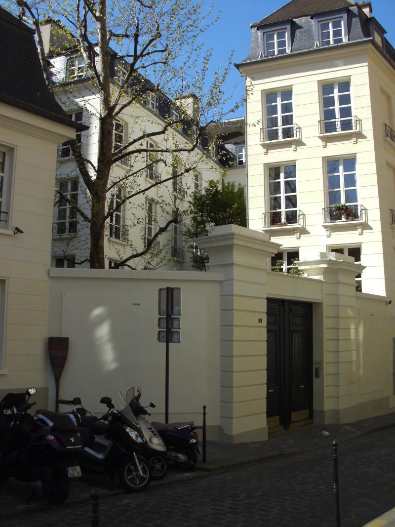 A Paris, chez La Motte et Cagliostro - Page 4 Pict0016